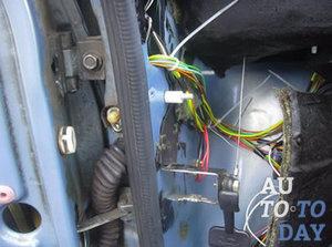 Установка электростеклоподъемника