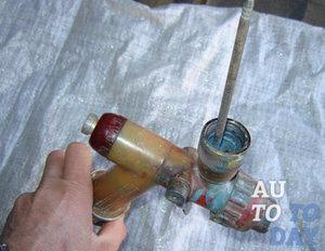 Монтаж металлических водостоков своими руками