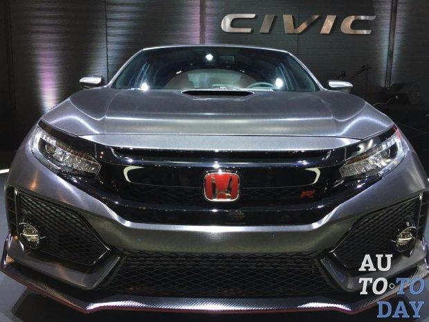 Хонда демонстрирует разные прототипы Civic— Токийский автосалон