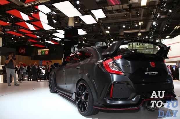 Хонда Civic Type Rпредставят на автомобильном салоне вЖеневе