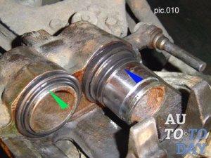 Поршень тормозного суппорта и другие элементы устройства 74