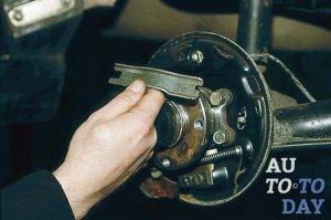 Регулировка ручного тормоза: настраиваем - ручник - правильно