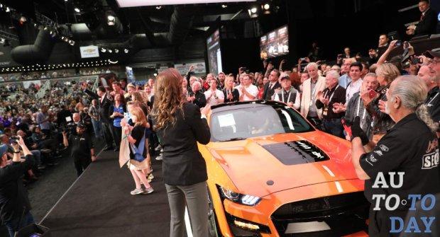 Первый Ford Mustang Shelby GT500 продан за 1,1 миллиона долларов