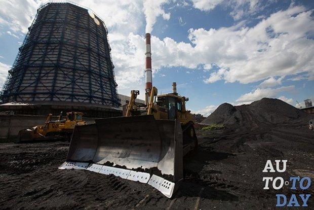 В Украине исследуют возможность строительства дорог из угольных отходов