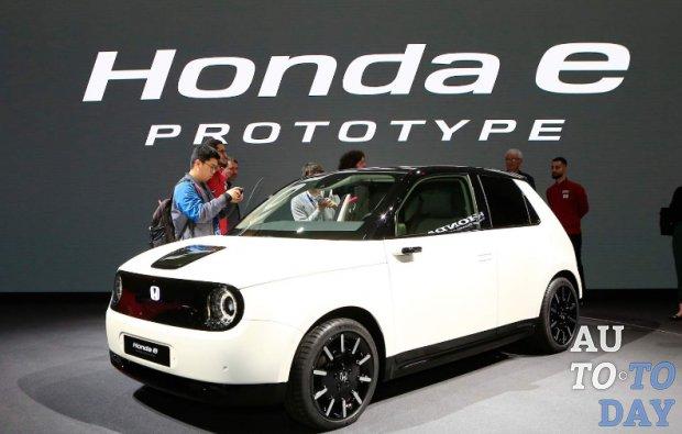 Женевский автосалон 2019: 15 000 потенциальных клиентов проявили интерес к Honda e Prototype