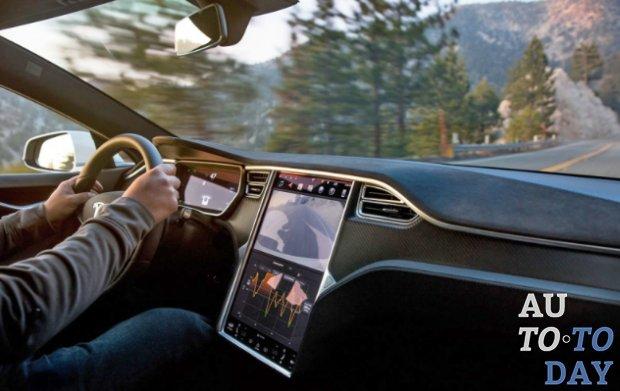Tesla готовит новый браузер для автомобилей