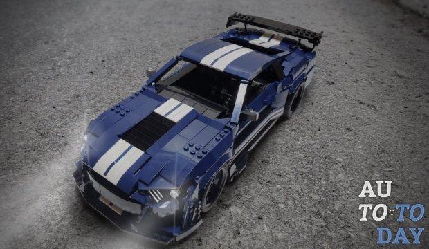 Энтузиаст Lego строит масштабную модель Mustang Shelby GT500