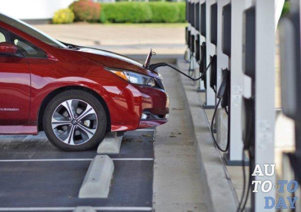 Google Maps помогут найти зарядную станцию для электромобиля
