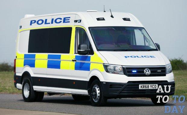 Volkswagen Crafter превратился в полицейский фургон