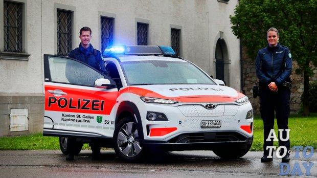 Полицейских пересадили на электрические Hyundai Kona