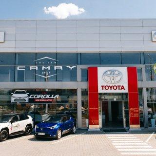 Тойота Центр Тернополь «Кристал-Моторс»