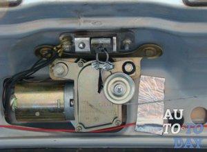 Электропривод двери багажника