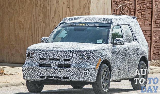 Прототип Ford 'Baby' Bronco раскрывает обновлённый интерьер