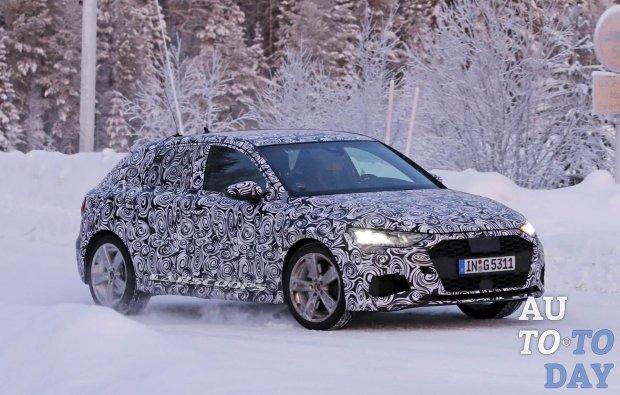 Хэтчбек Audi S3 демонстрирует приборную панель в стиле Lamborghini