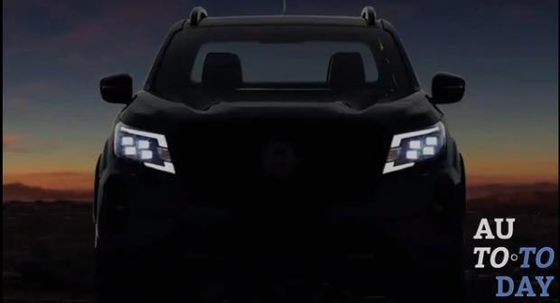 Nissan дразнится обновленным пикапом Navara
